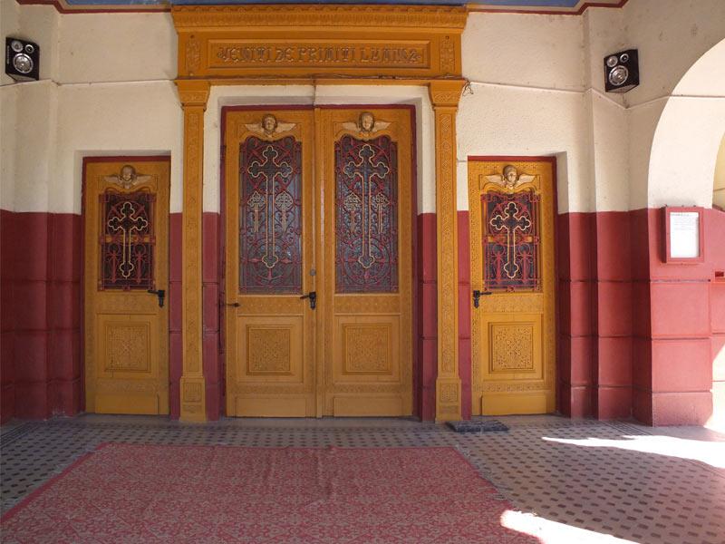 Portal intrare catedrala